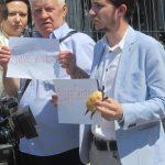 Акція Фрі Сенцов під посольством РФ в Києві - фото 5